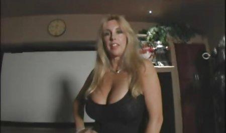 Kolumbianische Schlampe macht erotifilme kostenlos eine Webcam-Show