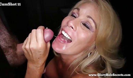 Blondes Mädchen weint nach dem Orgasmus kostenfreie erotik filme