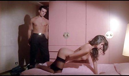 Die Tochter erotische liebesfilme kostenlos ist 18 Jahre alt und die Mutter schläft