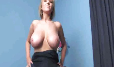 Bitch Stop - Brünette fickt die erotik und sexfilme Toilette