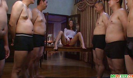 Die heutige Freundin Lexi Laura zieht sich für ihre Kundin wie eine Hure erotik und sexfilme an