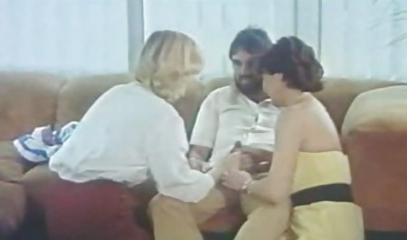 Lexi erotikfilme gratis online in der Badewanne mit Bällen