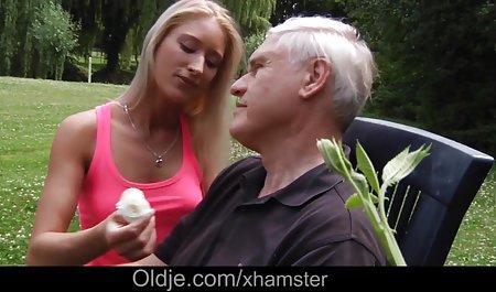 Große Brüste kostenlose erotische sexfilme Mutter öffentlichen Selbstbefriedigung mit Deo