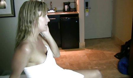 Freundin gibt Blowjob und zeigt erotikfilme in voller lange ihren Arsch