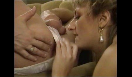 Olivia heißes Sexspiel vor dem erotische spielfilme gratis Sex mit ihrer Teamkollegin Alice