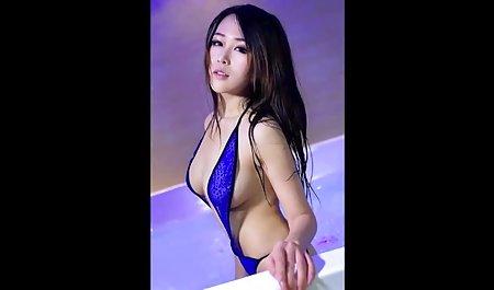 Dünne kleine Brüste Brünette haben neunundsechzig filme kostenlos erotik und Schwanz lutschen