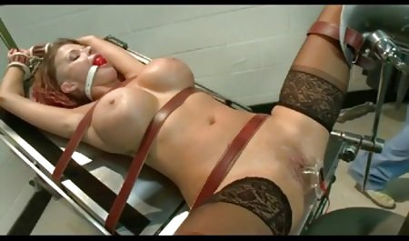 Brünette Mit Kleinen Titten Blowjob Und gratis erotikfilme hd Sahnetorte