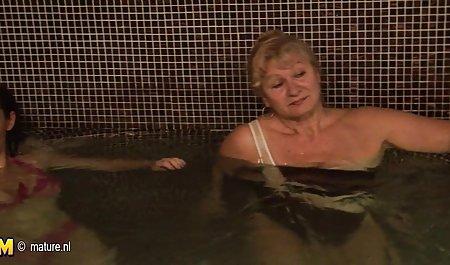 Eine schöne Blondine wird von kostenlose erotikfilme fur frauen einem fetten Alien gefickt