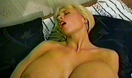 Redhead Violet Monroe wird deutsche erotikfilme online bedient
