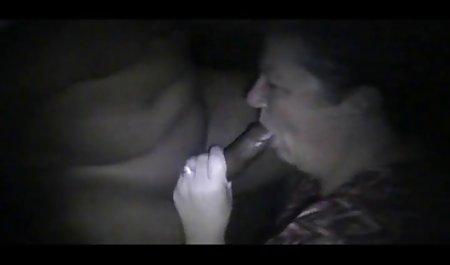 Rasierte schwarzhaarige freie deutsche erotikfilme Babe fickt