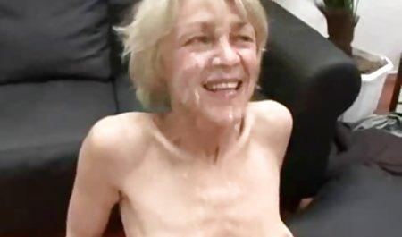Erstaunliche Milf Julia erotik free film Ann wichst einen Schwanz in Mund und Hände!
