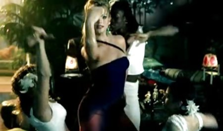 Hübsche Frau im doppelten Dick Dreifach in der Bühne erotische spielfilme kostenlos hinter dem Vorhang