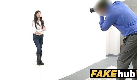 - Nerdy Teenager in erotische filme fur frauen gratis Kniestrümpfen wird gefickt